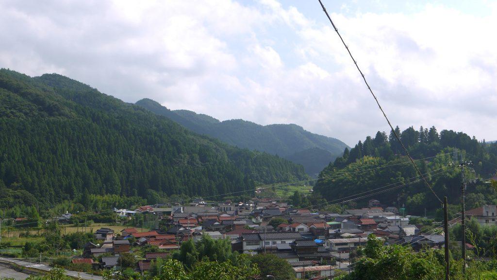 須金中心部の風景